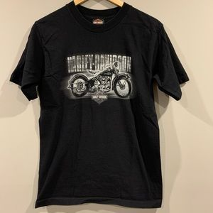 05' Oshawa, Ontario Harley Davidson T-Shirt - Med